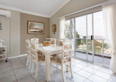Viewlodge Dining room